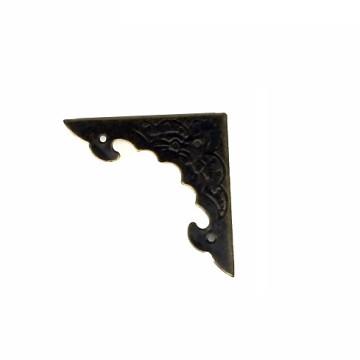 Уголок для шкатулки декоратив. (бронза) 39*39*4 мм.